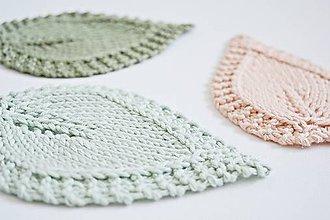 Úžitkový textil - Pletené podložky lístky - mätová/marhuľková - 8457056_