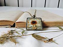 - Krása sušených kvetov - náhrdelník  - 8455444_