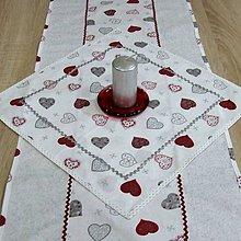 Úžitkový textil - Strieborné variácie srdiečka - obrus štvorec 42x42 - 8453773_