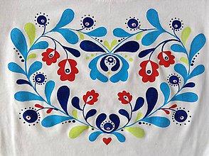 Tričká - Folkové dámske maľované tričko (Pestrofarebné tieňované) - 8456942_