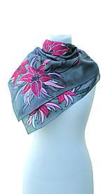 Šatky - Hodvábna šatka s kvetmi - Ružové ľalie - 8458777_