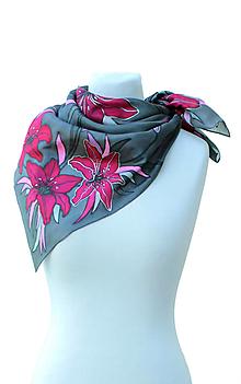 Šatky - Hodvábna šatka s kvetmi - Ružové ľalie - 8458819_