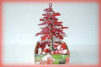 Dekorácie - Korálkový stromček - 8458934_