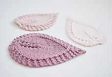 Úžitkový textil - Pletené podložky lístky - ružové - 8459510_