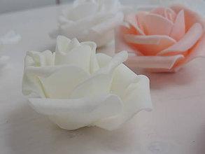 Polotovary - Penové ruže 6cm- marhuľové, biele, krémové - 8463153_
