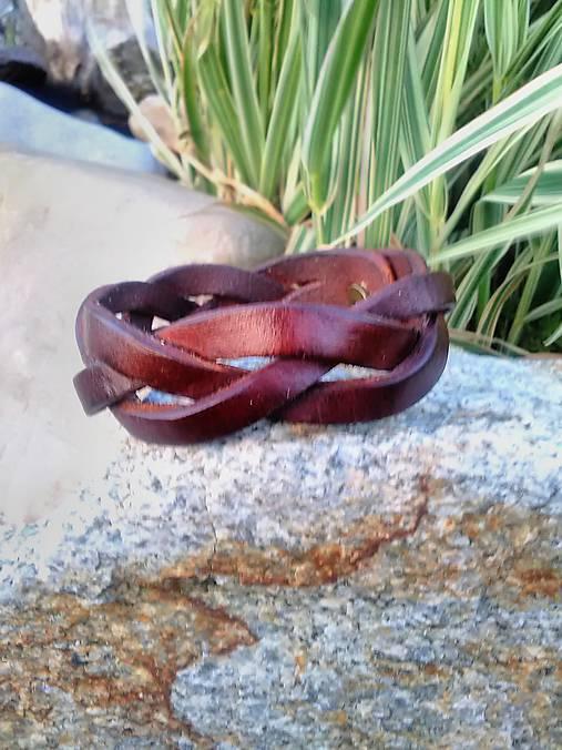 Náramok pletený široký 2cm Mahagónovej farby