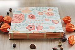 Papiernictvo - Fotoalbum, klasický, polyetylénový potlačený obal s potlačou oranžových kvetín - 8463329_
