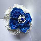 svadobná kytica modré ruže