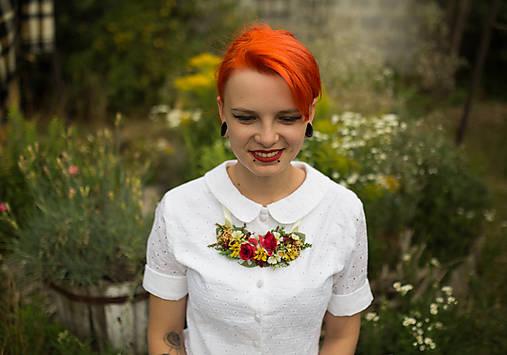 """Kvetinový náhrdelník """"slnko v ružiach"""""""