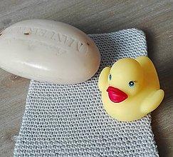 Úžitkový textil - Háčkovaná rukavica do sprchy a na kúpanie - svetlá sivofialová - 8470831_