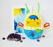 Hračky - Vesmírny chrobáčik kačičkový - hrkálka - 8476121_