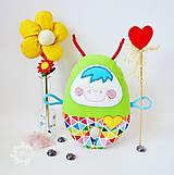 Hračky - Vesmírny chrobáčik sviežoveselý - hrkálka - 8476124_