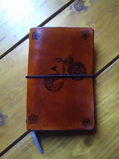 Kožený obal na študentský zápisník