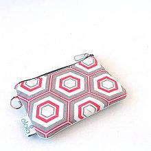 Kľúčenky - Kľúčenka Hexagony - 8485706_