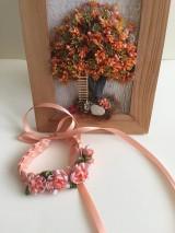 Náramky - Dievčenský kvietkovaný náramok zo saténových stužiek/aj pre družičky/ - 8487504_