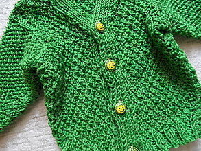 Detské oblečenie - svetríček trávičkovej farby - 8488500_