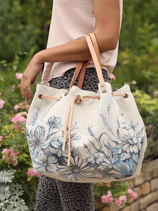 Veľká dámska kabelka taška ručne maľovaná z ľanu   Blubery - SAShE ... 7c766c7e3f2