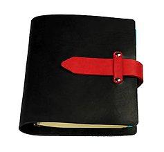 Papiernictvo - INNOVATION - A5 - kožený karisblok čierny s červenými doplnkami - s denným kalendárom na rok 2018 - 8496140_