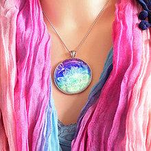 Náhrdelníky - Lotos duhový - autorský náhrdelník velký - 8495959_