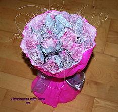Darčeky pre svadobčanov - Kytica zo žrebov - guľatá - 8498467_