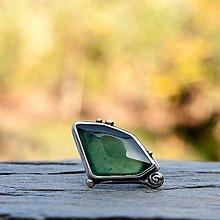 Prstene - Strieborný prsteň - Zelený vŕšok - 8501203_
