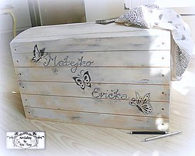 "Nábytok - Vintage truhlica ""Butterflies"" :) - 8501129_"