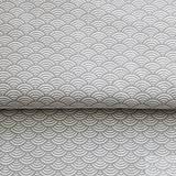 svetlosivé vlnky; 100 % bavlna Nemecko, šírka 140 cm, cena za 0,5 m