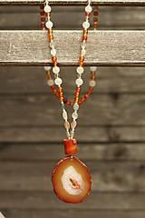 Náhrdelníky - Náhrdelník z minerálov karneol, mesačný kameň - 8504989_