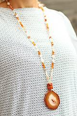 Náhrdelníky - Náhrdelník z minerálov karneol, mesačný kameň - 8504995_