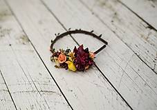 - Jesenná čelenka