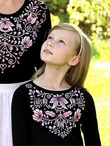 Tričká - Maľované folk dievčenské tričko Adelka... - 8506673_