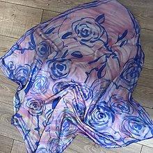 Šatky - Hodvábna maľovaná šatka s modrými ružami - 8513963_
