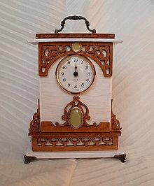 Hodiny - Drevené hodiny Charlotte - 8513319_