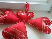 Dekorácie - Červené voňavé  vianočné srdiečka - 8512612_