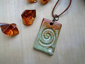 Náhrdelníky - Amulet seladonový - 8513912_
