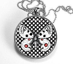 Náhrdelníky - Motýľ s bodkami - autorský náhrdelník - velký - 8515769_