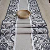 - Krása tradície sivá - stredový obrus 151x41 - 8520636_