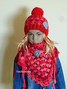 Detské čiapky - Cervena supravicka zimna so srdieckom SKLADOM - 8519281_