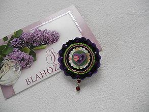 Odznaky/Brošne - Tajomná (vyšívaná brošňa) - 8521647_