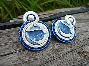 Náušnice - Soutache náušnice FOLK vtáčiky modro-biele - 8521404_
