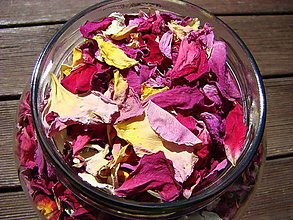 Suroviny - Sušené lupienky ruží - 8521845_