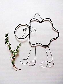 Dekorácie - dekorácia ovečka z drôtu - 8524632_