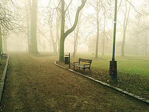 Fotografie - Jesenná melanchólia - lavička pre (ne)opustených - 8528431_