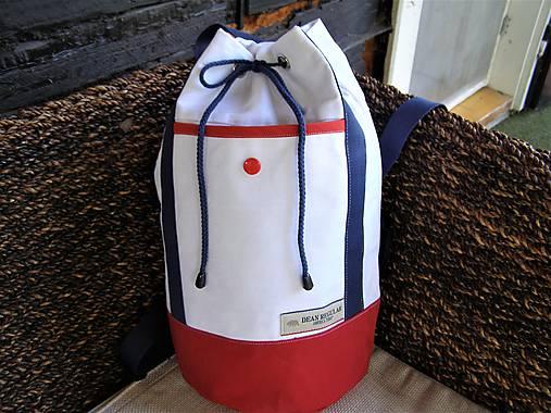 74ab336599 Ruksak - biela - modrá - červená- zľava   jamilla - SAShE.sk ...