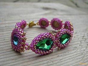 Náramky - Rivoli inšpirácie...Emerald/Milky Hot Pink - náramok - 8531302_