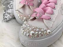 Ručné zdobené svadobné tenisky :) Pink :)