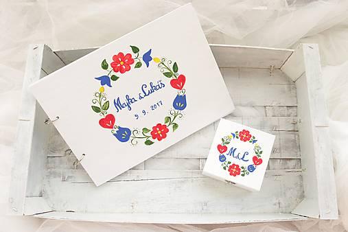 Kniha hostí a krabička z lásky k folklóru/ súprava