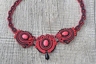 Náhrdelníky - šujtáš náhrdelník červeno-čierny - 8534187_