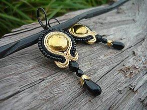 Náušnice - Soutache náušnice Black&Gold elegant - 8535920_