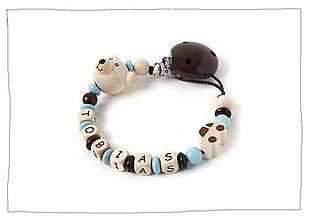 Hračky - Retiazka na cumlík - TOBIAS s drevenými písmenkami - 8534311_